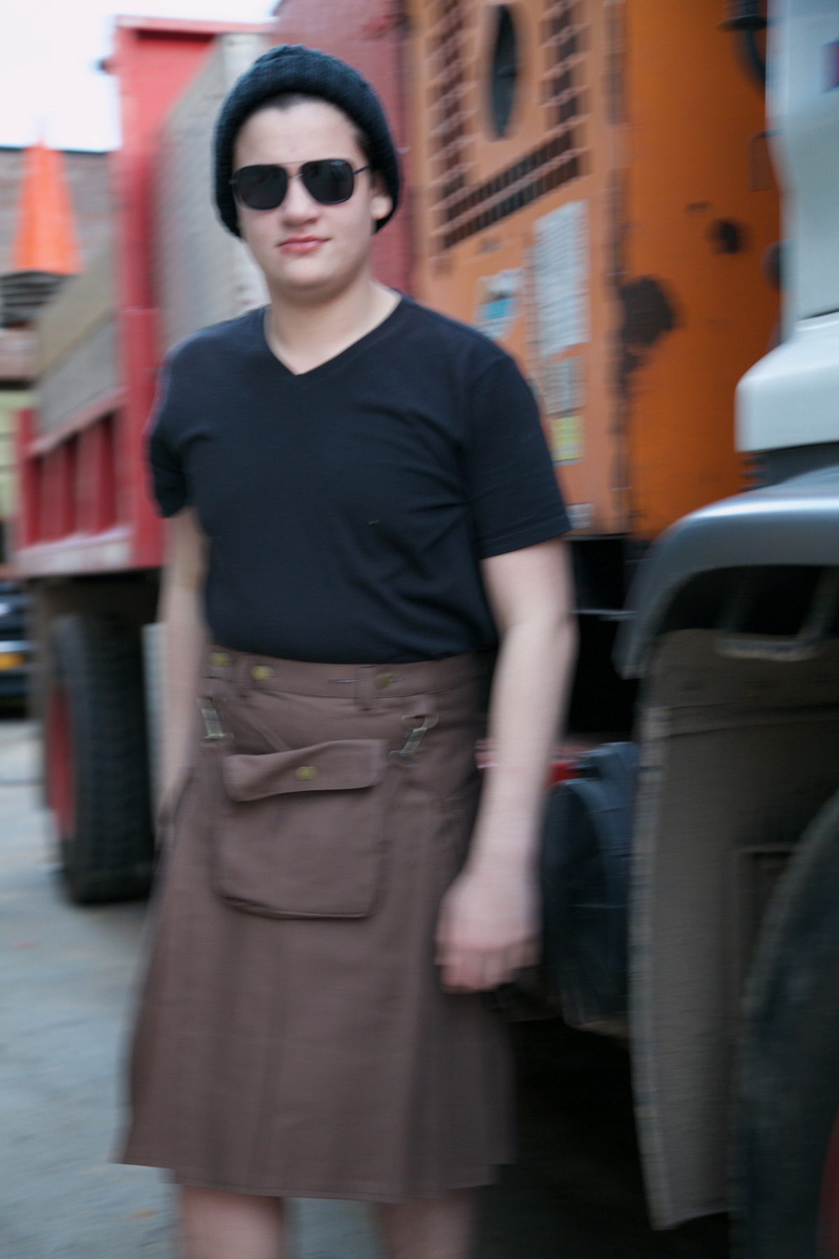Fashion Utility Kilt-tini-man-front-side-with-truck