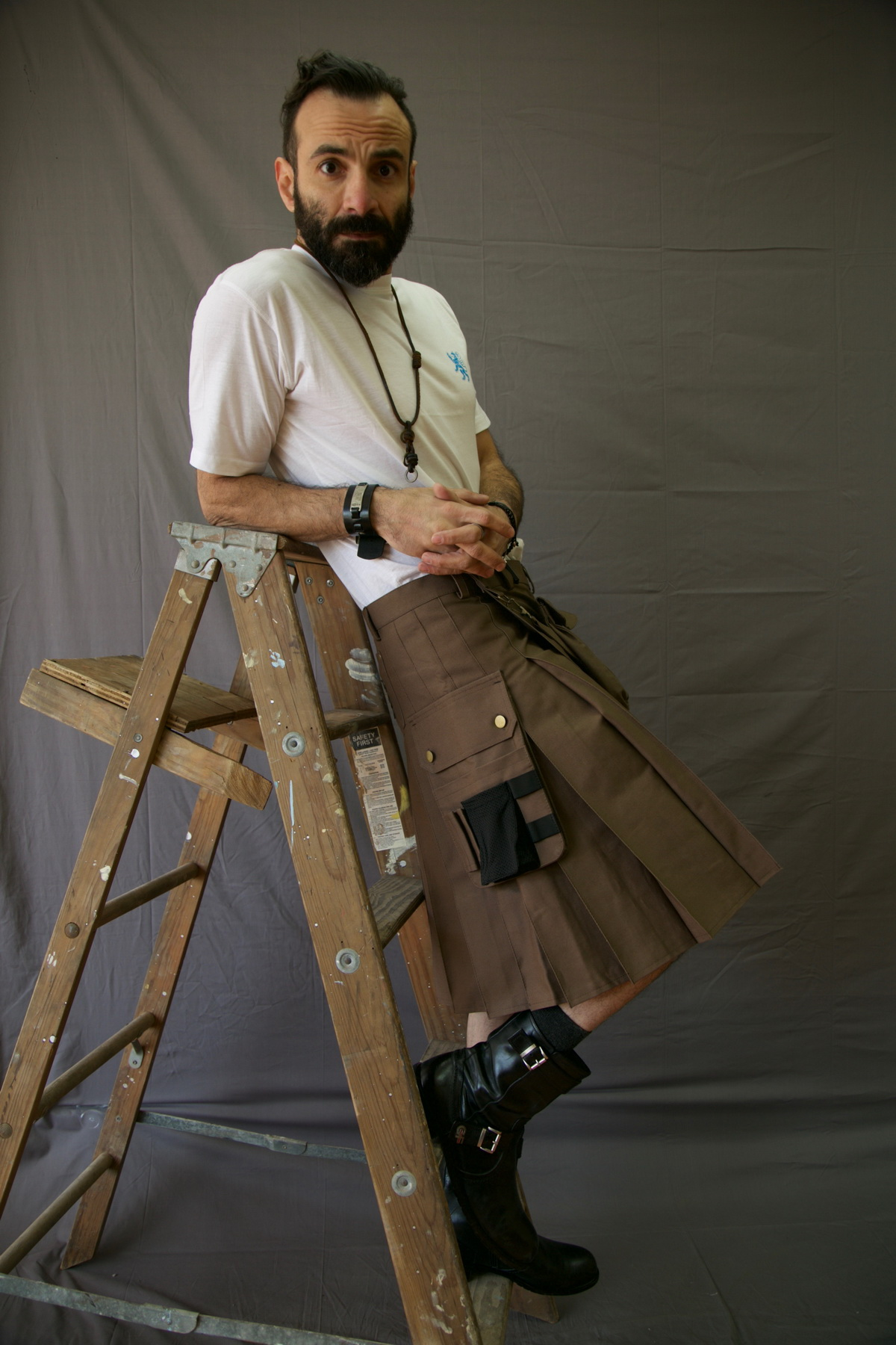 Fashion Utility Kilt-long-man-right-side-with-bench