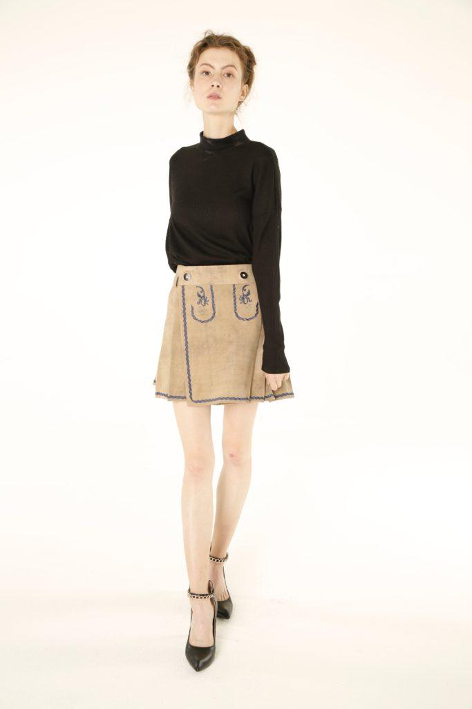 Women Bavarian Leather Kilt front