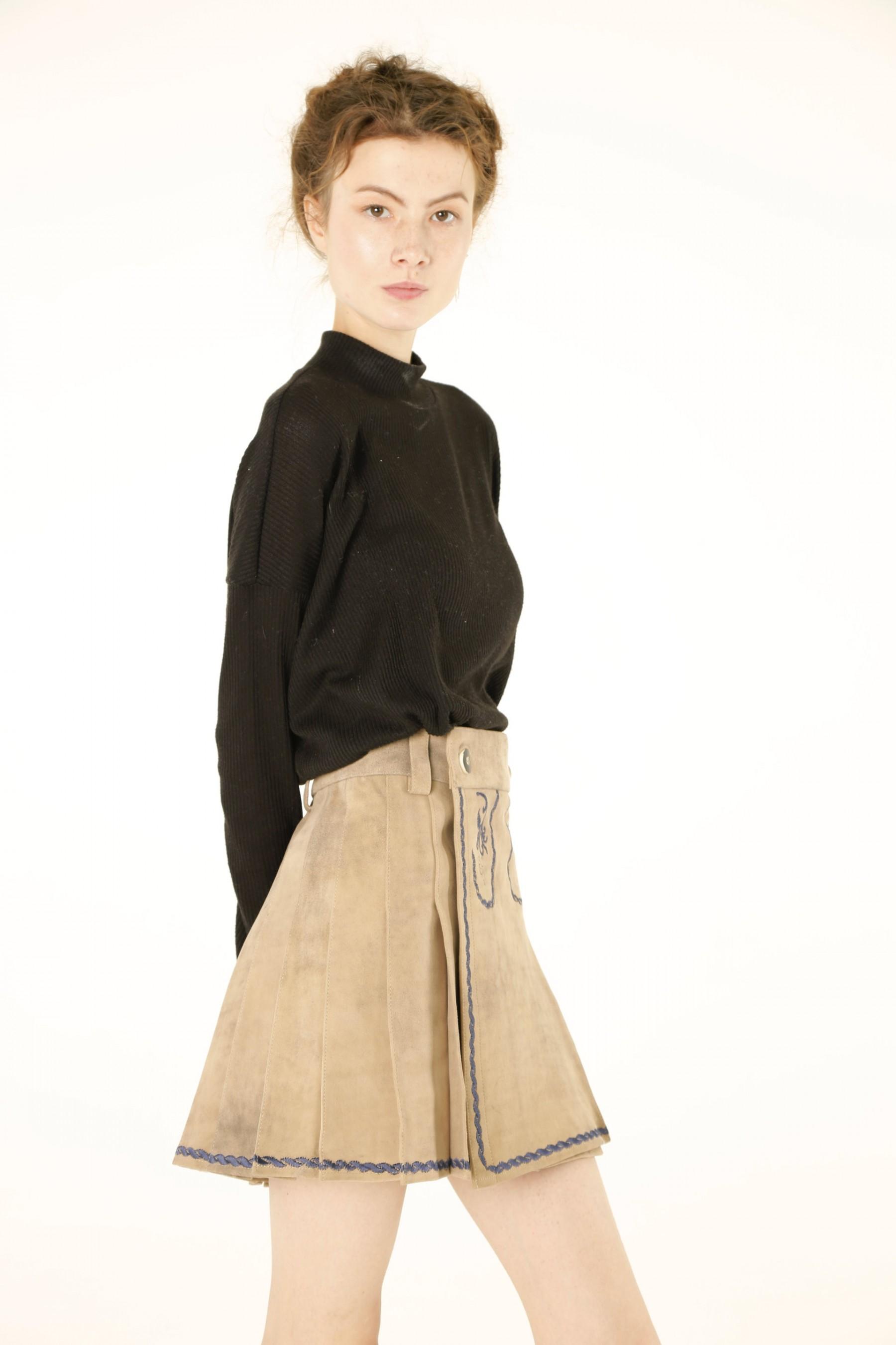 women_bavarian_leather_kilt