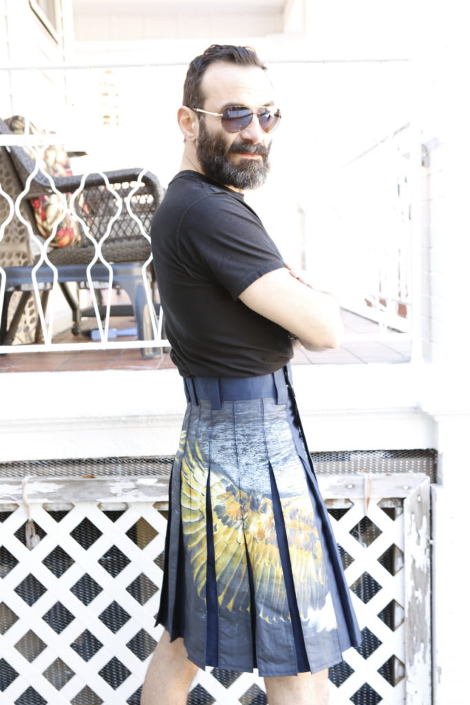 Printed Kilt for Fashionable Men-right
