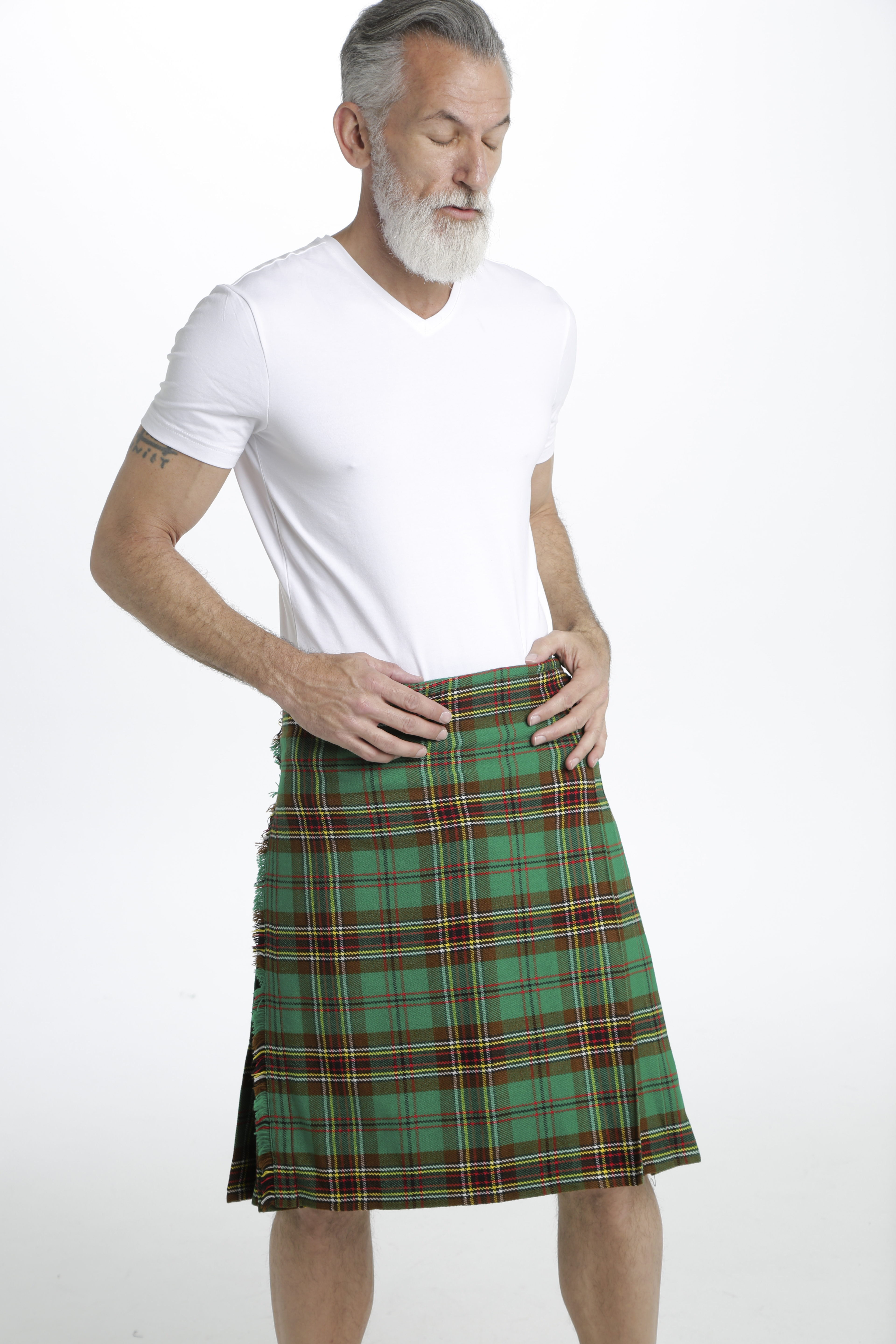TARA MURPHY TARTAN KILT-right