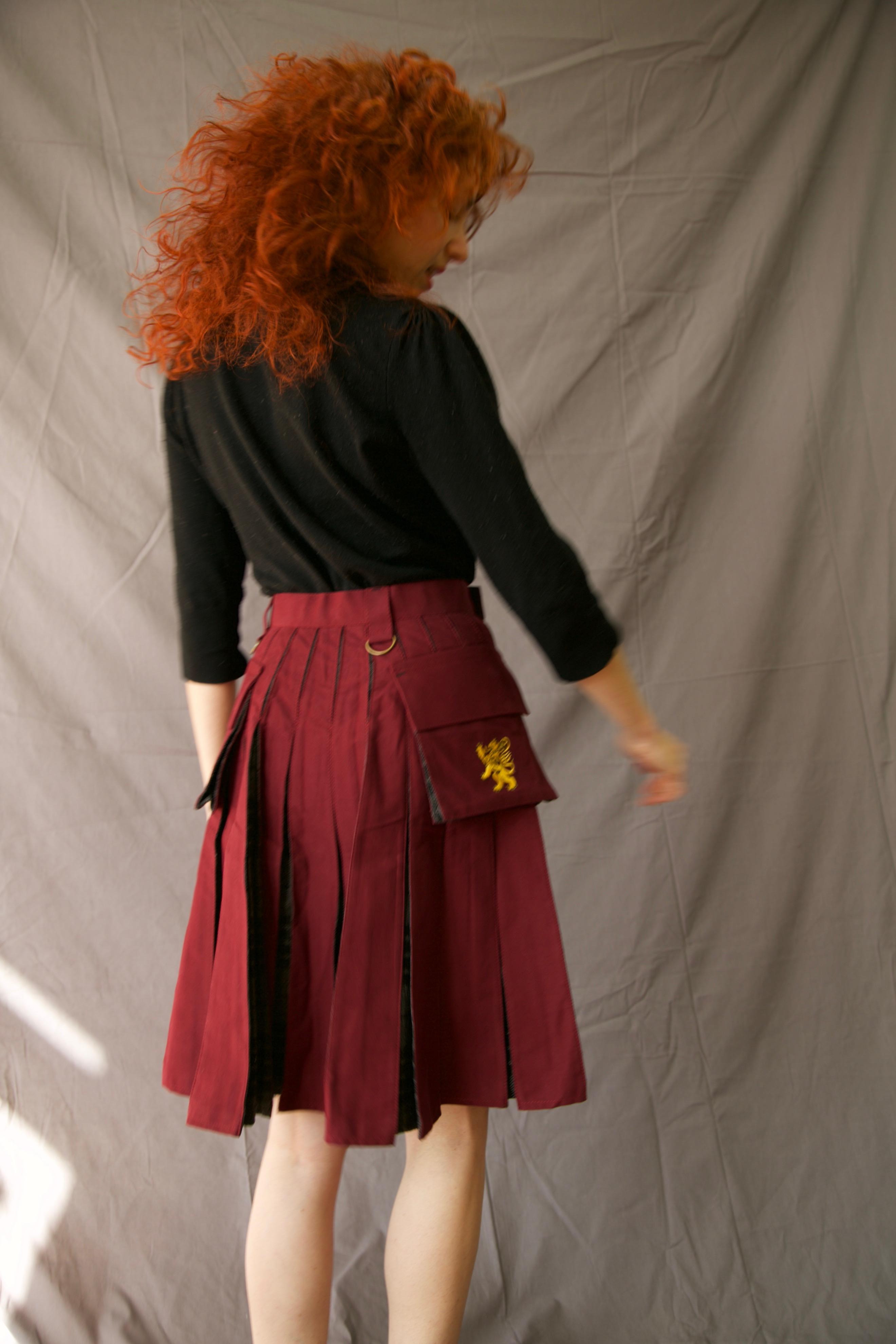 deluxe_hybrid_kilt_for_women_-_tartan_box_pleated_back