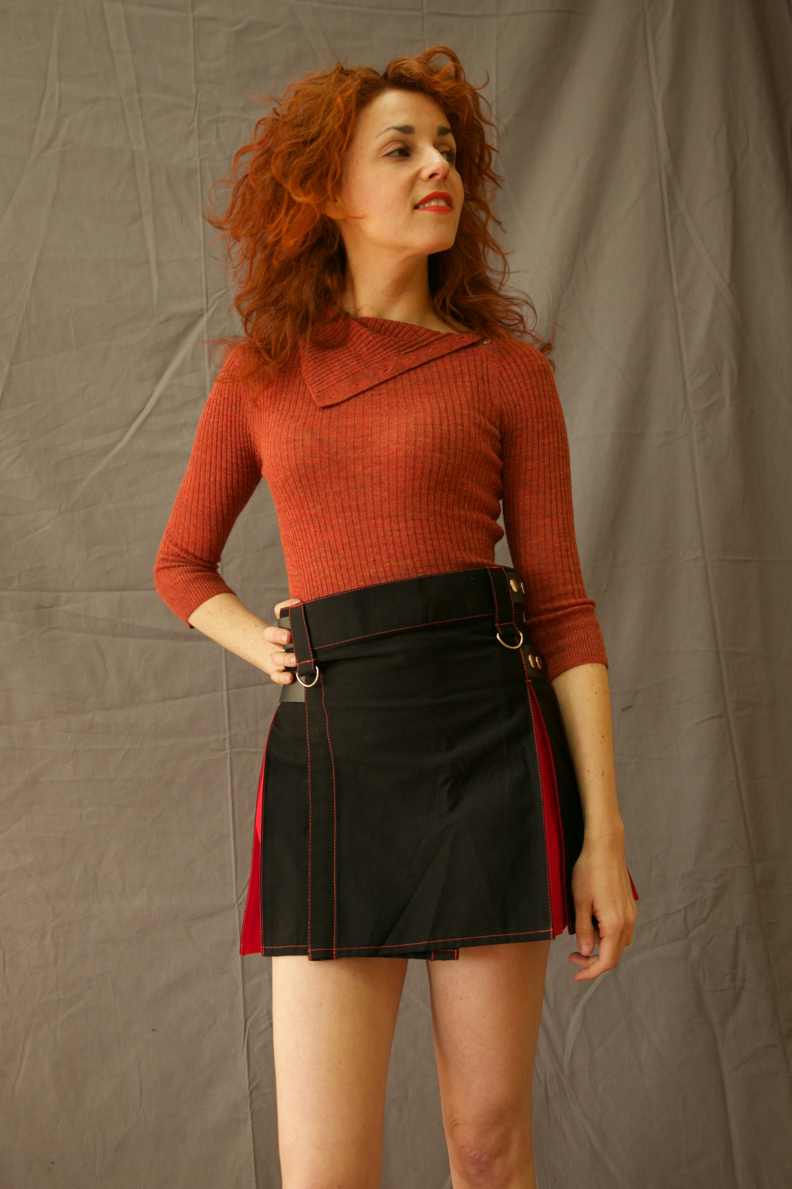 MIX & MATCH HYBRID KILT WITH FRONT POCKET FRONT